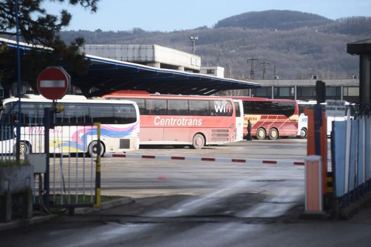 Prevoznici u RS ogorčeni: Prazni autobusi voze u veću krizu