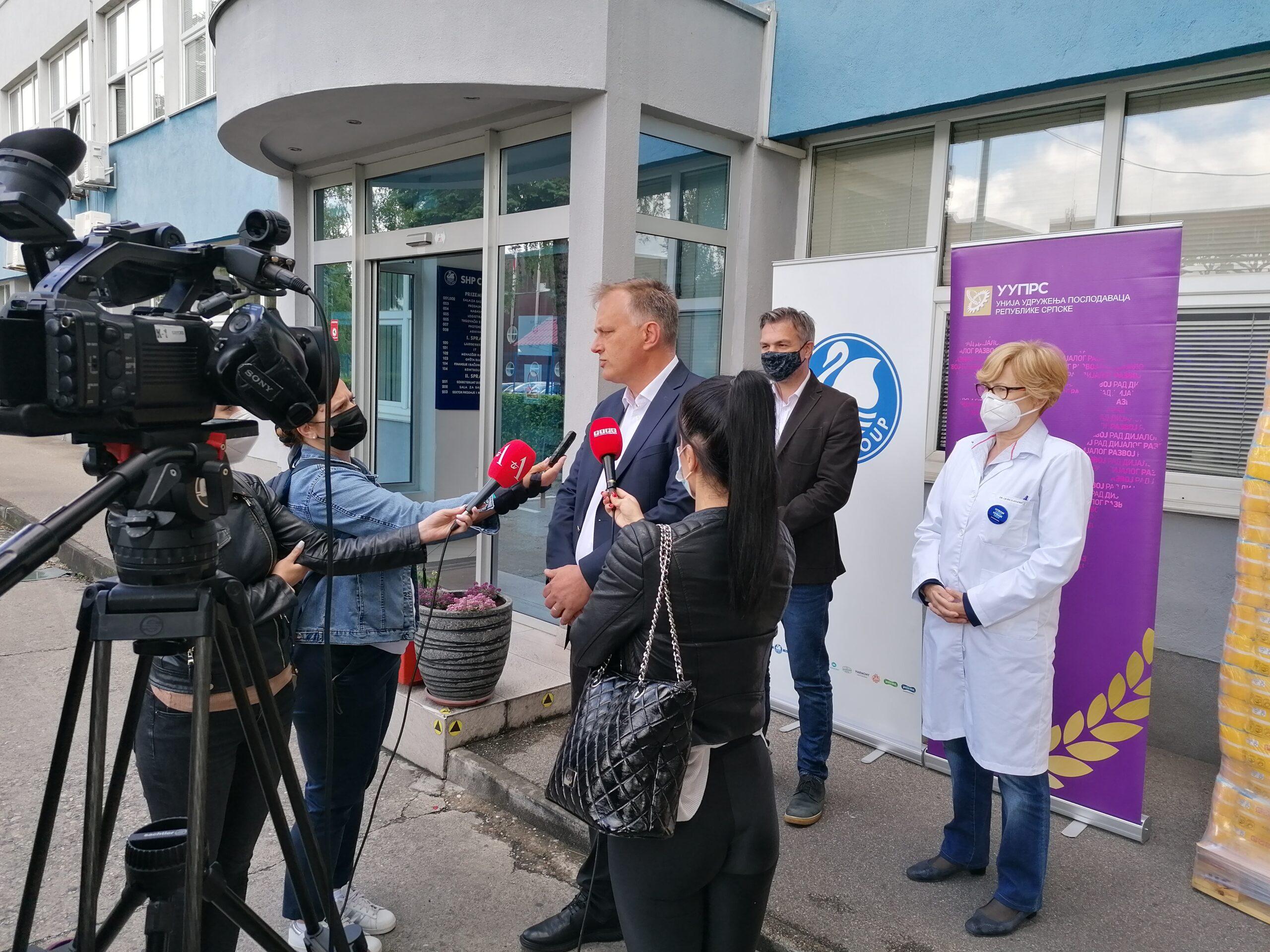 Počela vakcinacija radnika u realnom sektoru: Vakcinisano 50 radnika SHP Celex ad Banja Luka
